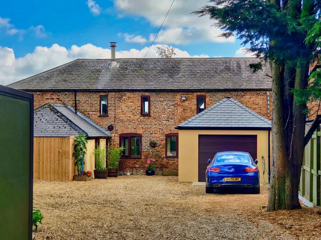 4 bedroom Barn Conversion For Sale